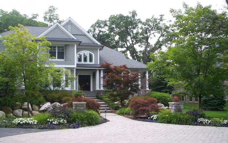 Pro 39 s touch landscaping complete landscape design and for Landscape design michigan