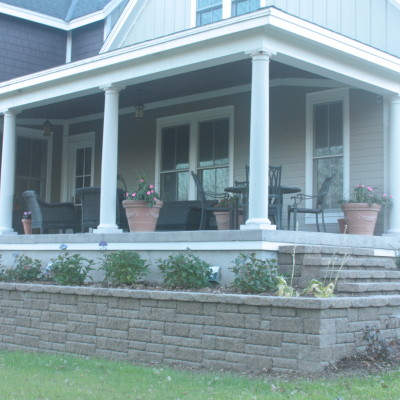 Retaining Wall and Front Yard Landscaping